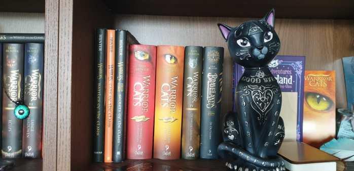 Warrior Cats 10 jaar - Boekenkast 2